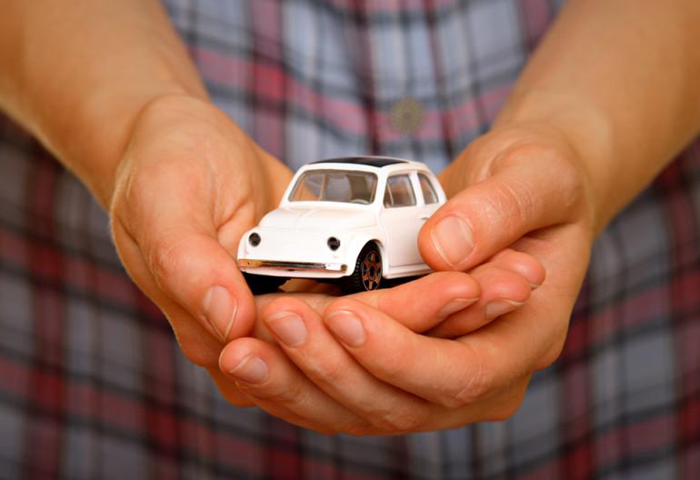 Где можно застраховать авто без страхования жизни