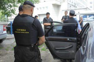 Как узнать состоит ли автомобиль под арестом а гибдд