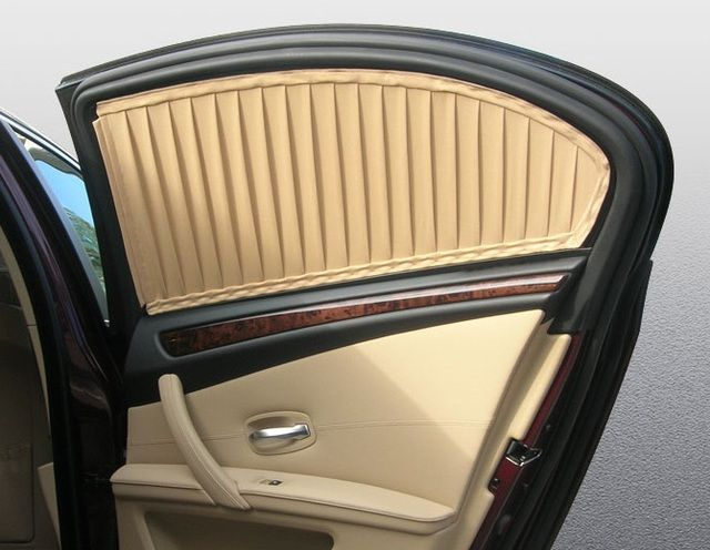 Затемненные окна шторками в машине какой штраф