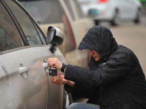Как обезопасить машину от угона?