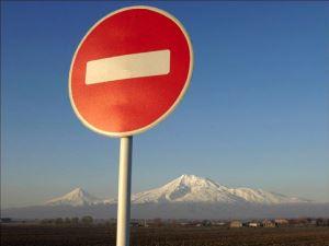 В каких случаях можно проехать под знак «Въезд запрещен»?